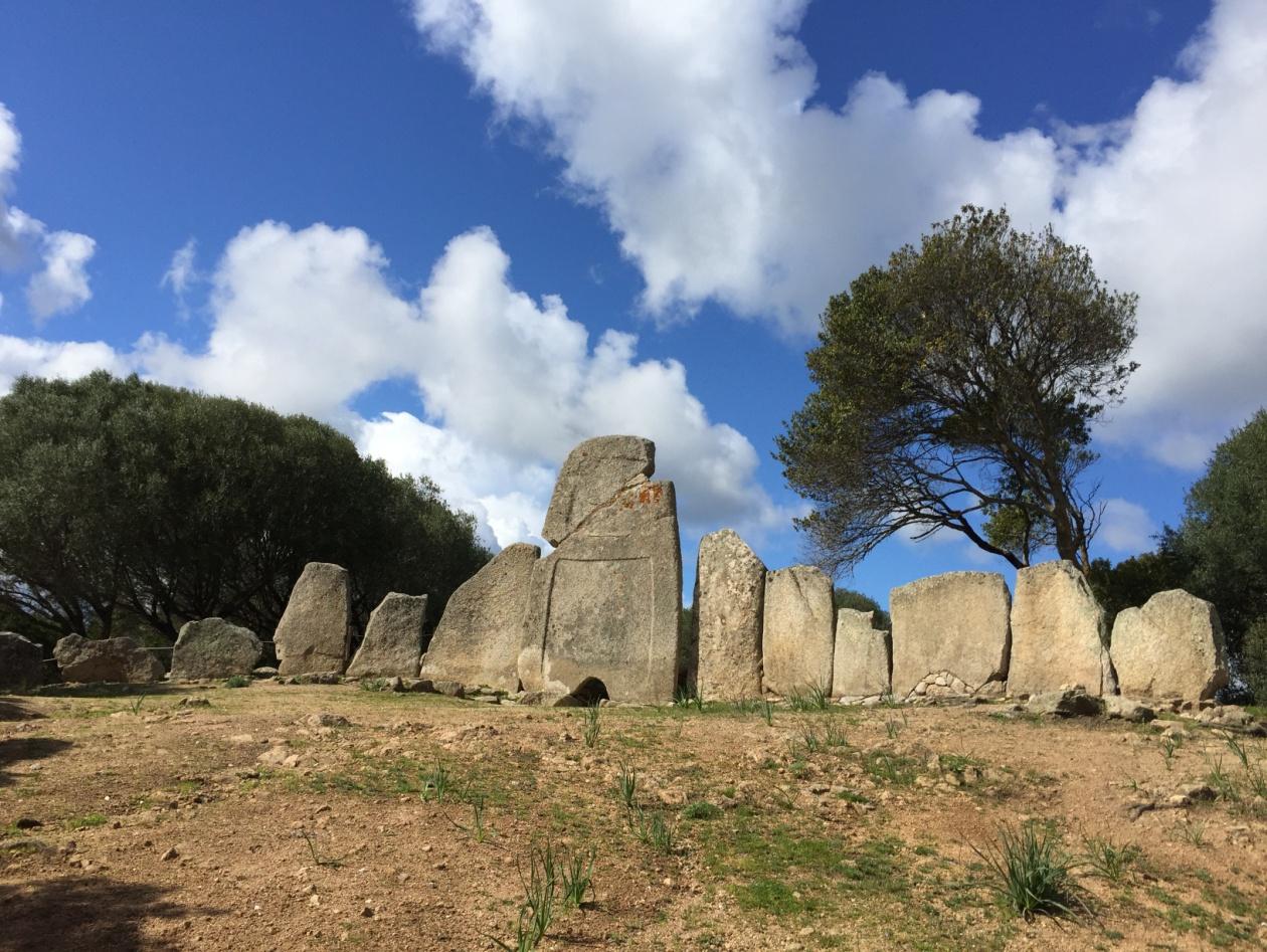 Tomba di giganti Li Lolghi
